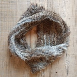 Real fur circle scarf.
